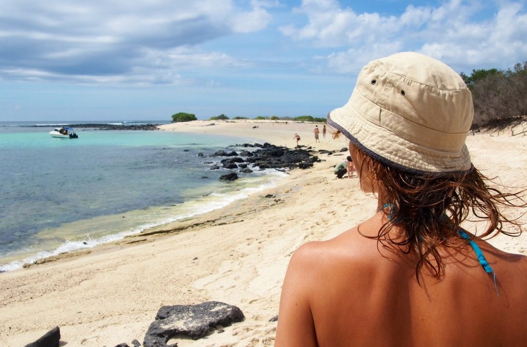 Tour Galapagos Express  3 Days – $ 280  All included